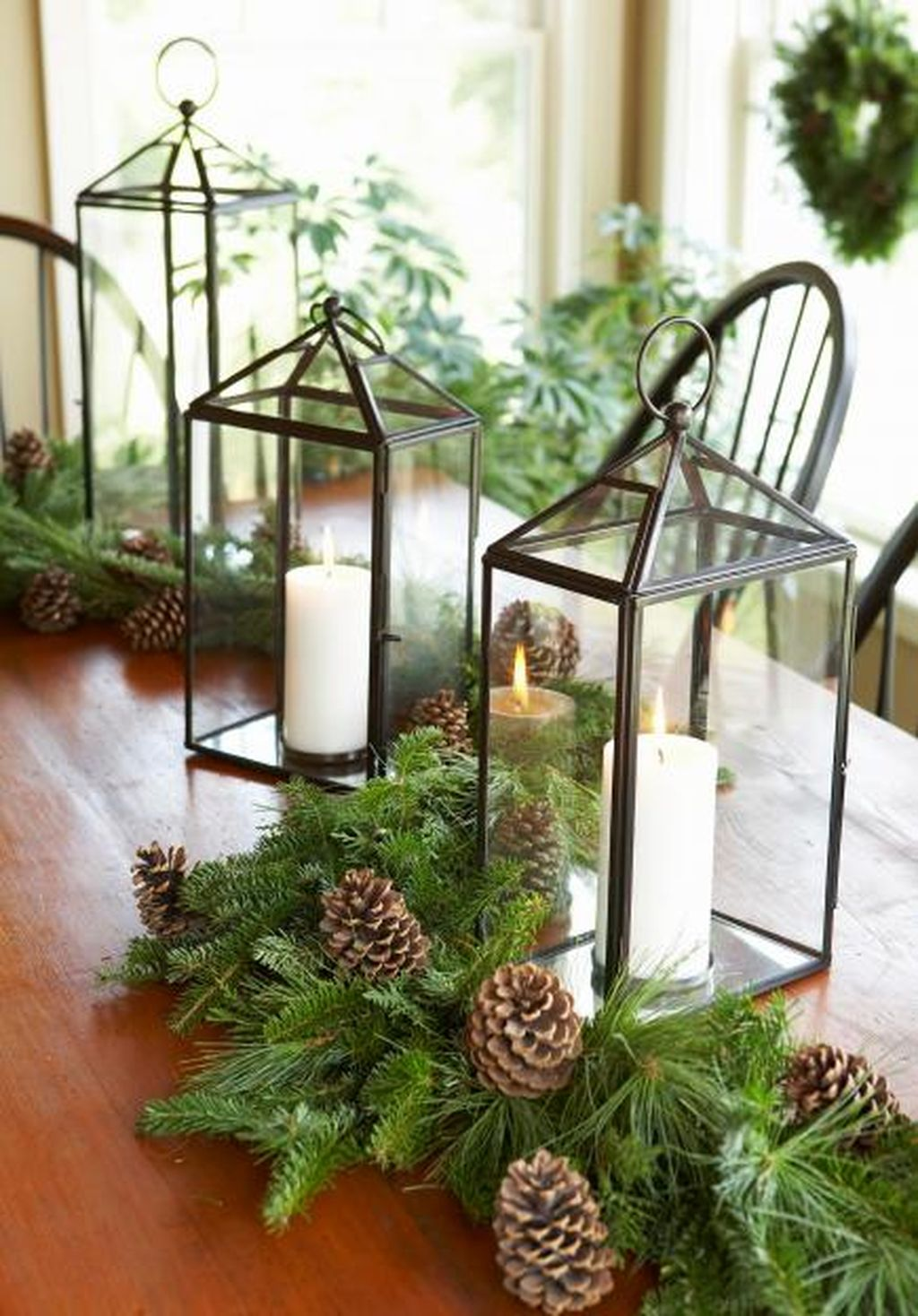 Inspiring Modern Rustic Christmas Centerpieces Ideas With Candles 93