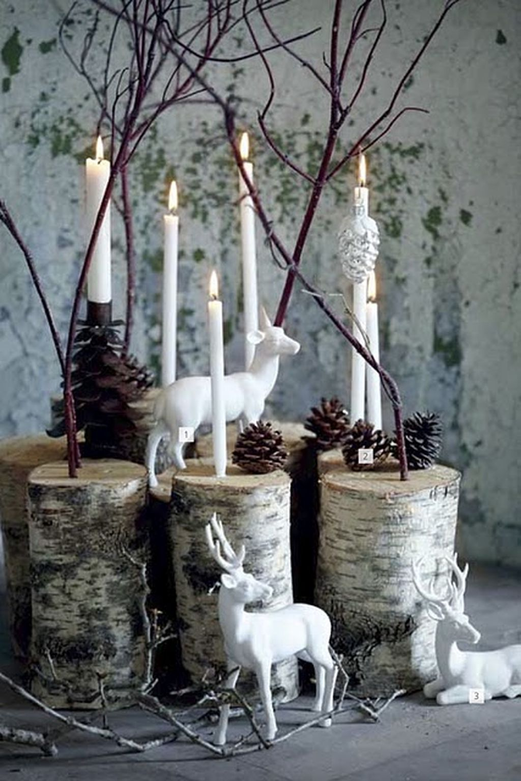 Inspiring Modern Rustic Christmas Centerpieces Ideas With Candles 94
