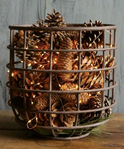 Inspiring Pine Cones Christmas Decoration Ideas 06