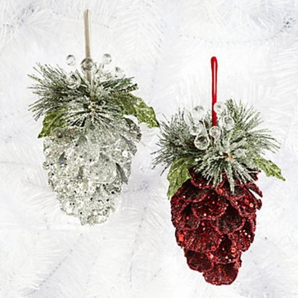 Inspiring Pine Cones Christmas Decoration Ideas 37