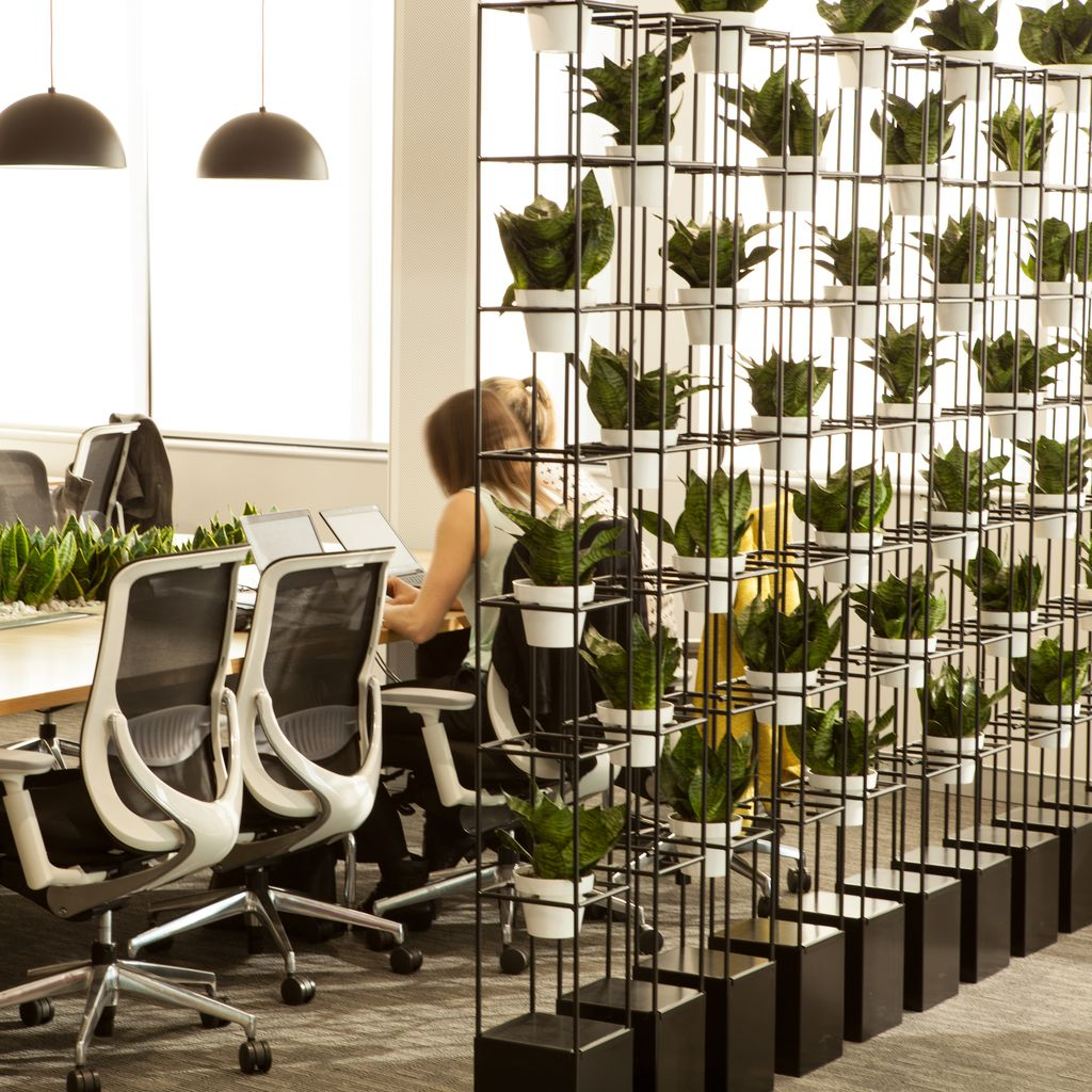 Modern And Cozy Office Interior Design Ideas To Makes You ...
