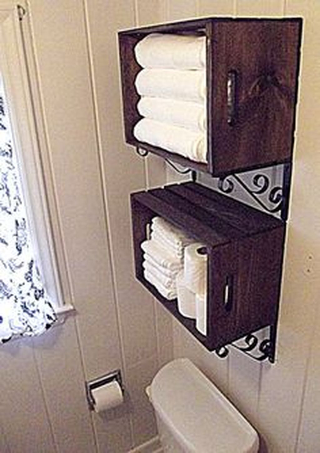 Simple And Clean Apartment Bathroom Decoration Ideas Suitable For You Who Living With Roomates 15