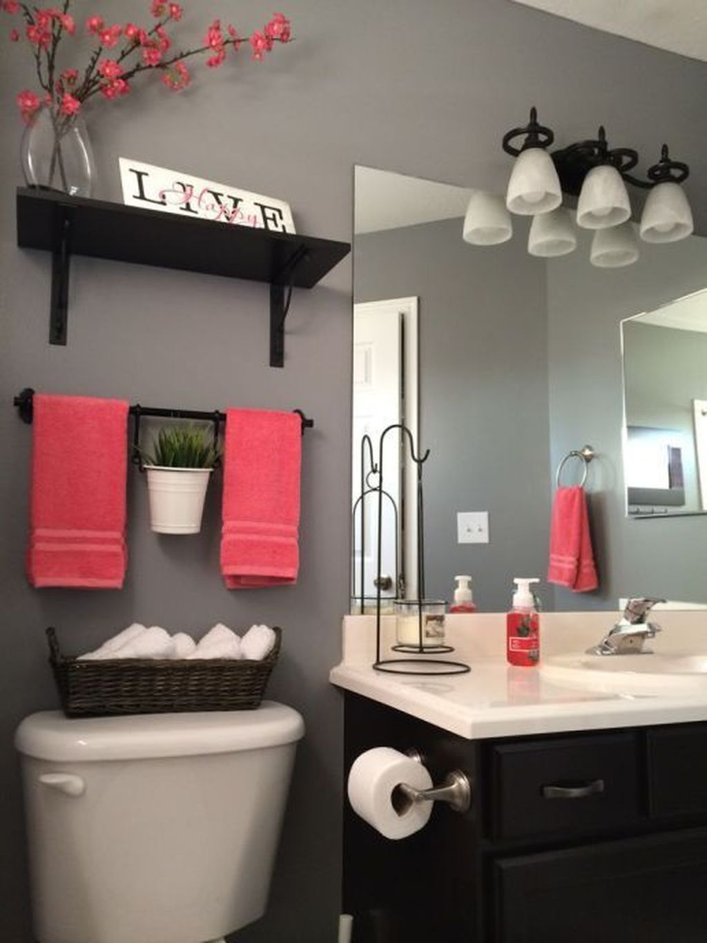 Simple And Clean Apartment Bathroom Decoration Ideas Suitable For You Who Living With Roomates 48