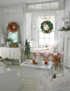Stunning White Vintage Christmas Decoration Ideas 08