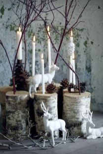 Stunning White Vintage Christmas Decoration Ideas 10
