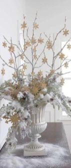 Stunning White Vintage Christmas Decoration Ideas 90