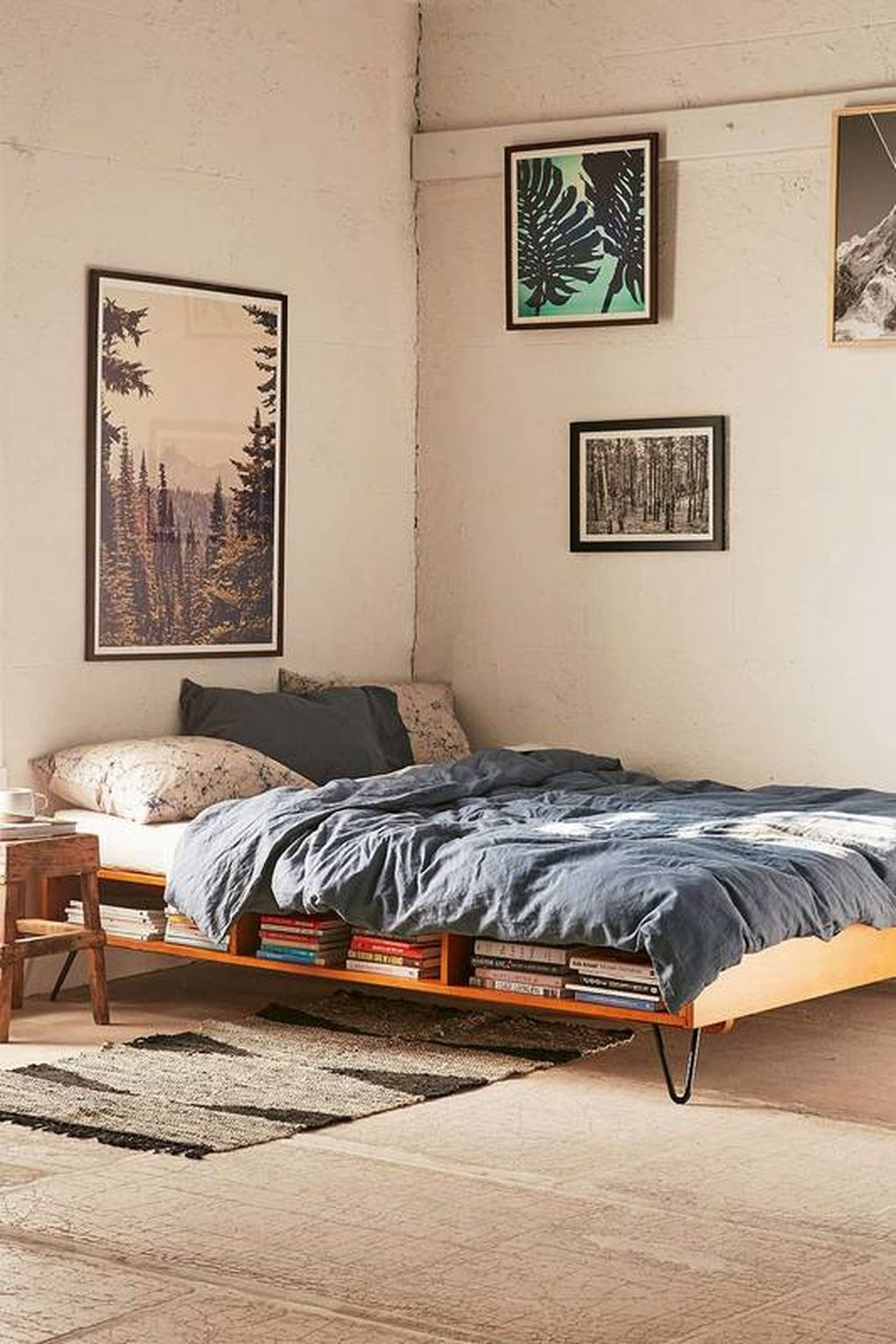 Totally Brilliant Bedroom Design Ideas For Small Apartment 08