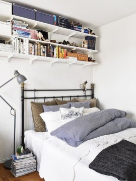 Totally Brilliant Bedroom Design Ideas For Small Apartment 85