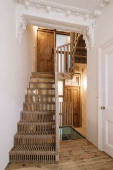 Totally Inspiring Residential Staircase Design Ideas You Can Apply For Your Home 18