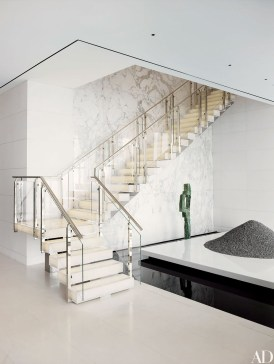 Totally Inspiring Residential Staircase Design Ideas You Can Apply For Your Home 30
