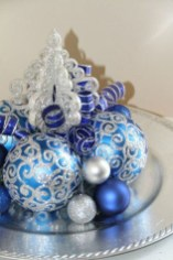 Amazing Silver And Blue Christmas Decoration Ideas For Christmas And New Year03