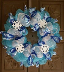 Amazing Silver And Blue Christmas Decoration Ideas For Christmas And New Year04