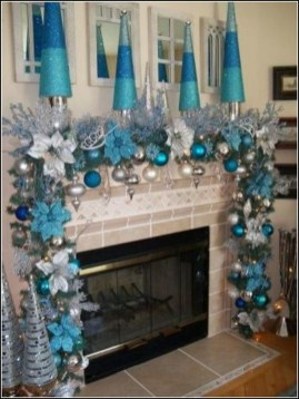 Amazing Silver And Blue Christmas Decoration Ideas For Christmas And New Year31