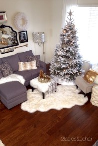 Brilliant Christmas Decoration Ideas For Small House 14