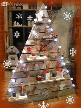 Brilliant And Inspiring Recycled Christmas Tree Decoration Ideas 40