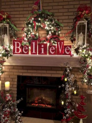 Cozy Fireplace Christmas Decoration Ideas To Makes Your Room Keep Warm15