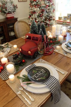Elegant Table Christmas Decoration Ideas 36
