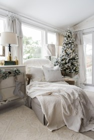 Eye Catching Rustic Christmas Decoration Ideas To Jazz Up Your Home 17