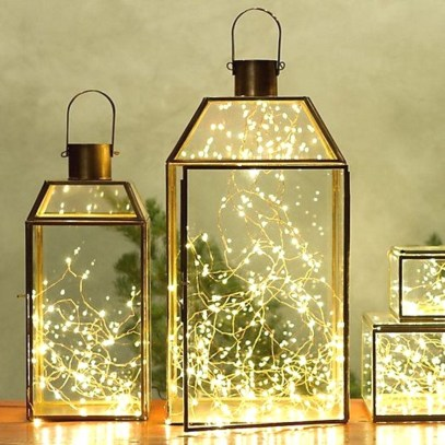 Gergerous Indoor Decoration Ideas With Christmas Lights13