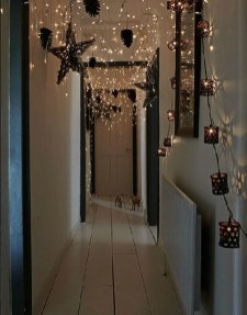 Gergerous Indoor Decoration Ideas With Christmas Lights23