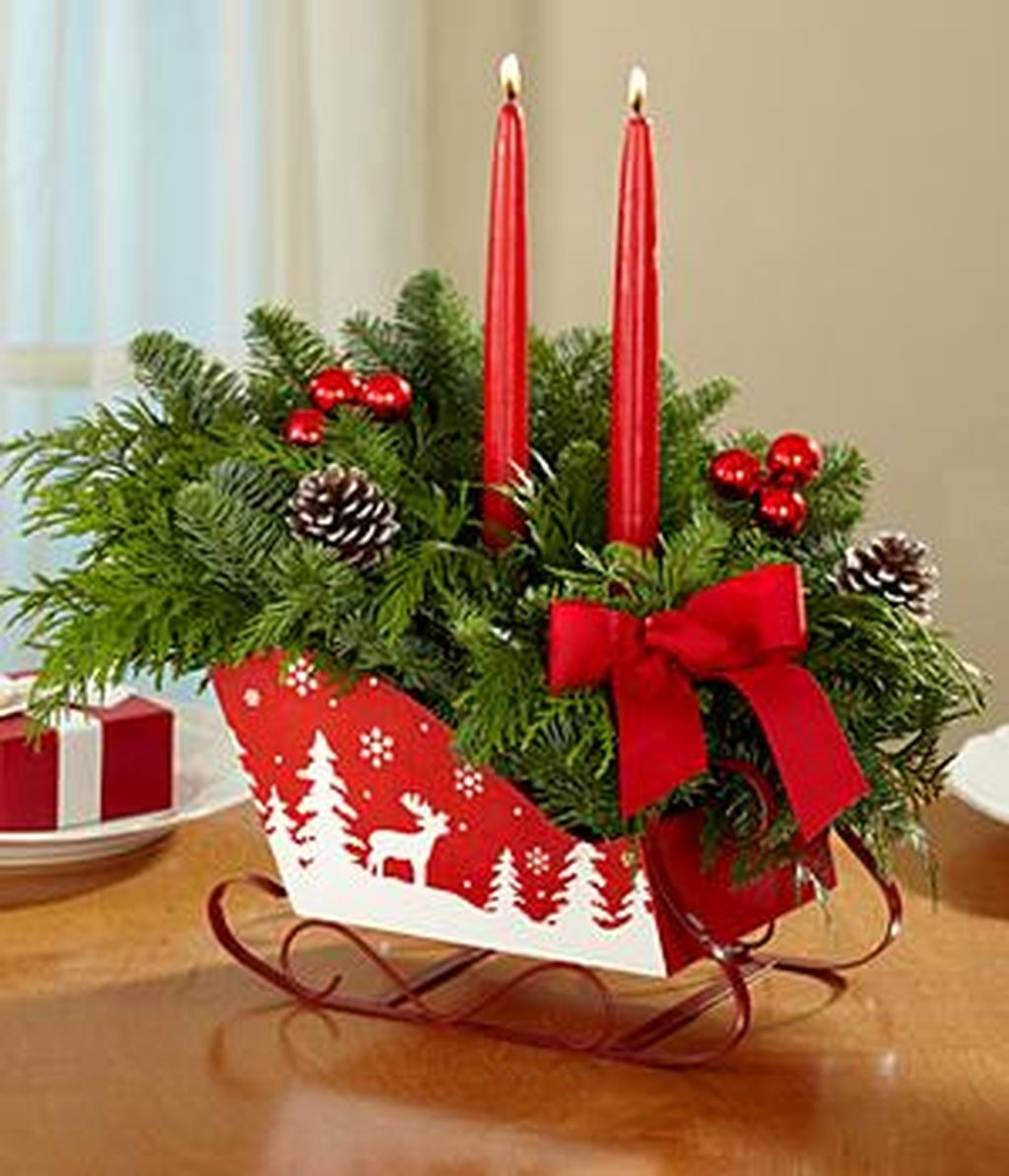 Romantic Christmas Centerpieces Ideas With Candles 10