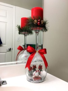 Simple And Easy Christmas Centerpieces Ideas22