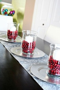 Simple And Easy Christmas Centerpieces Ideas23