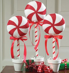 Totally Fun Candy Cane Christmas Decoration Ideas For Your Home03