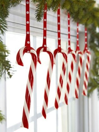 Totally Fun Candy Cane Christmas Decoration Ideas For Your Home09