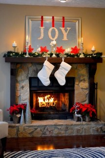 Totally Inspiring Red And Gold Christmas Decoration Ideas 33