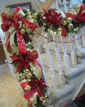 Totally Inspiring Red And Gold Christmas Decoration Ideas 43