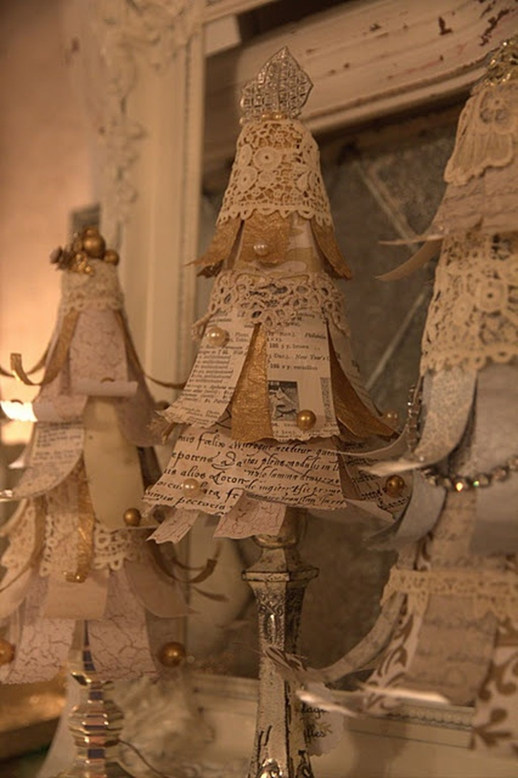 Totally White Vintage Christmas Decoration Ideas20
