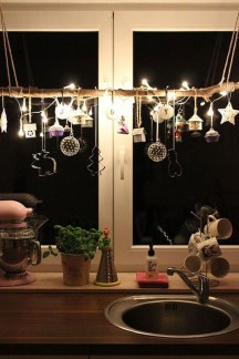 Traditional Christmas Decoration Ideas You Will Totally Love 40