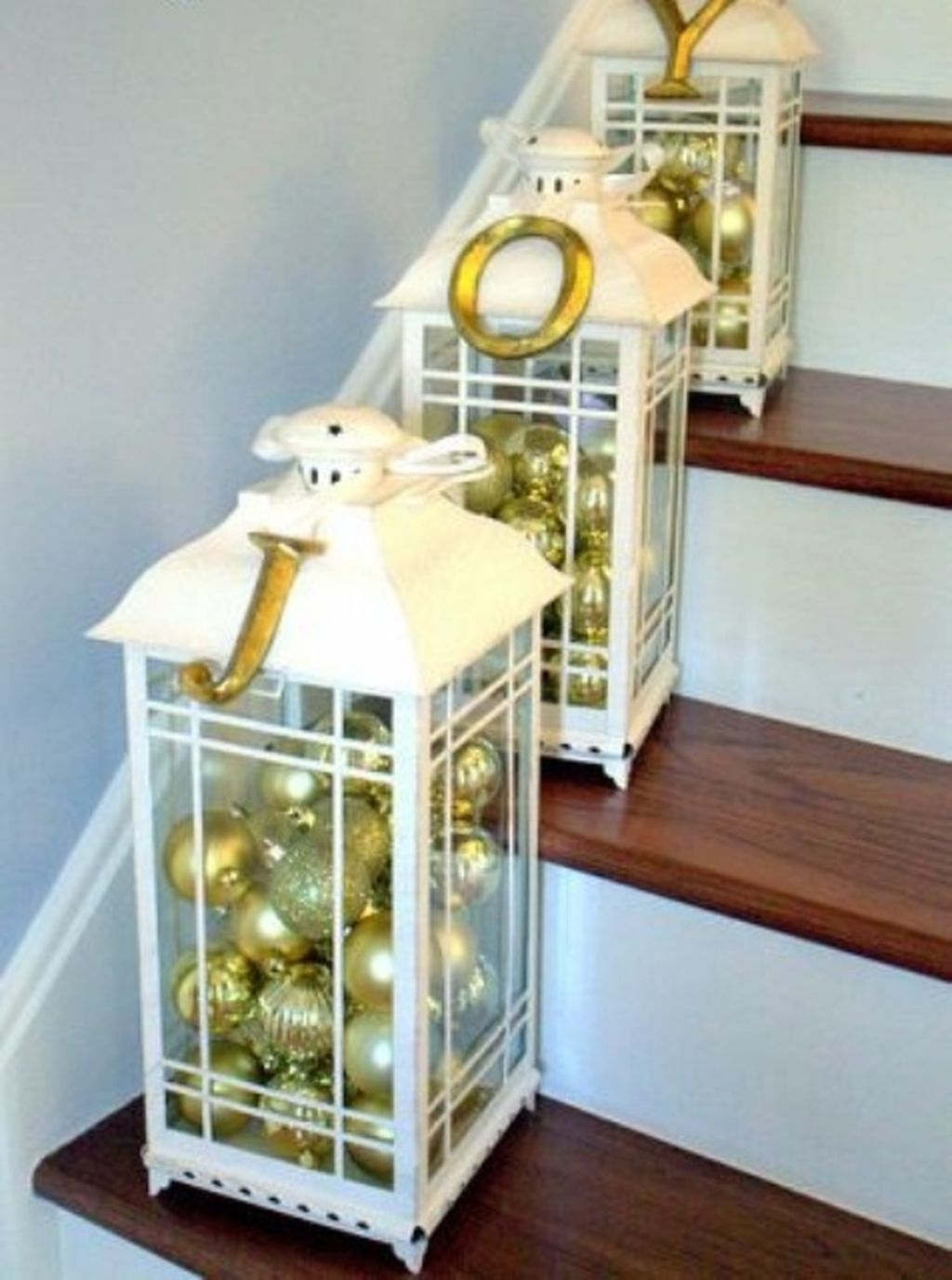 Traditional Christmas Decoration Ideas You Will Totally Love 42
