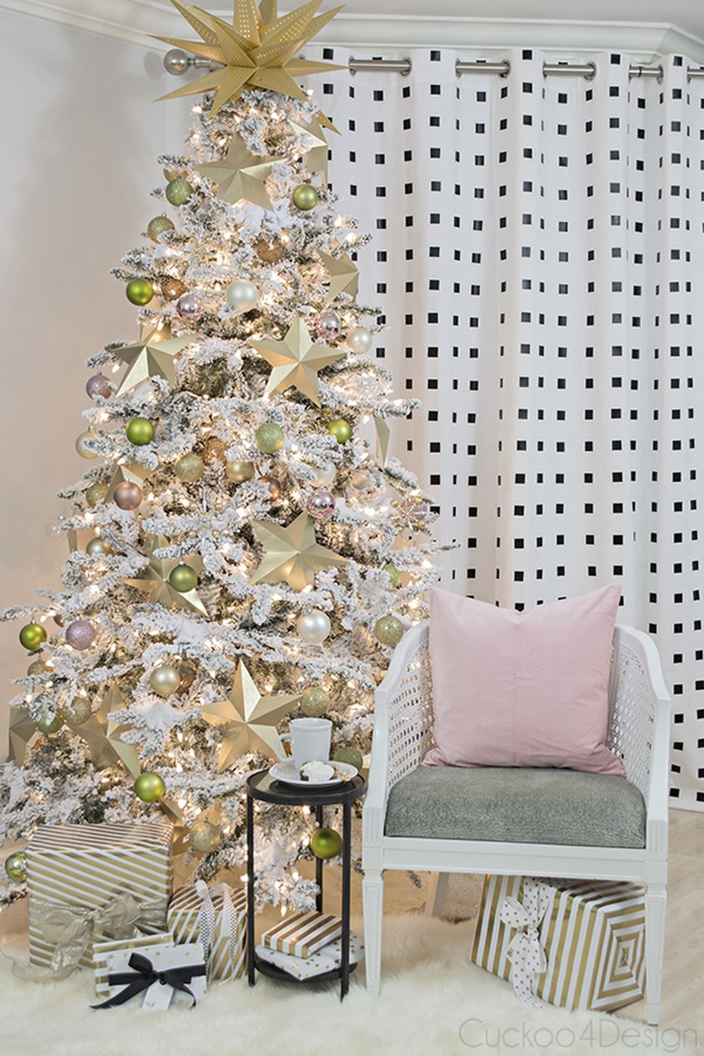 Unique But Inspiring Christmas Tree Toppers Decoration Ideas 09