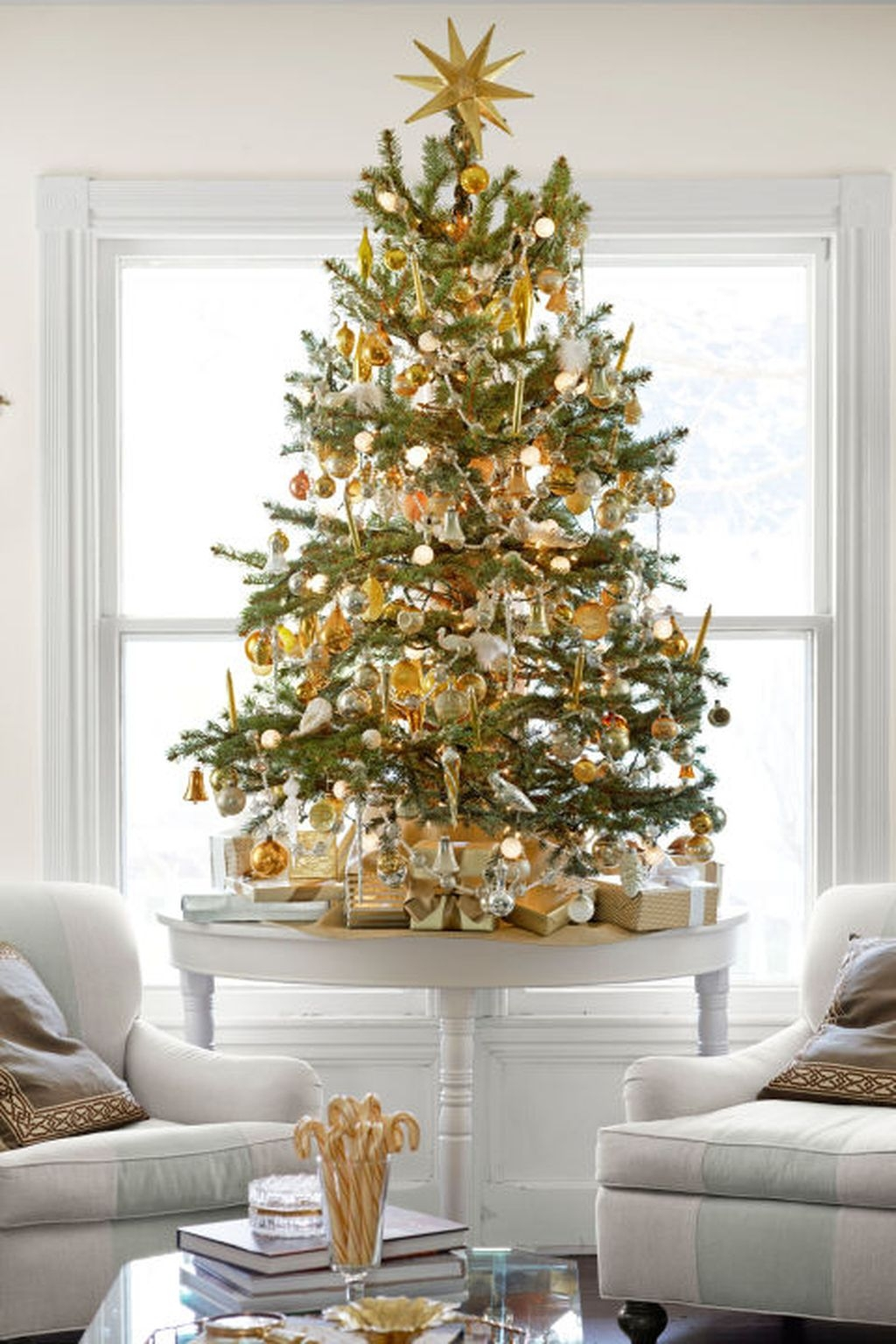 Unique But Inspiring Christmas Tree Toppers Decoration Ideas 35