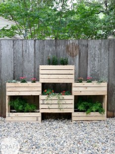 Awesome And Affordable Vertical Garden Ideas For Your Home 14