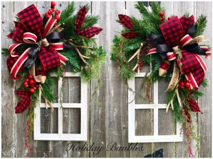 Cozy Plaid Decor Ideas For Christmas 25