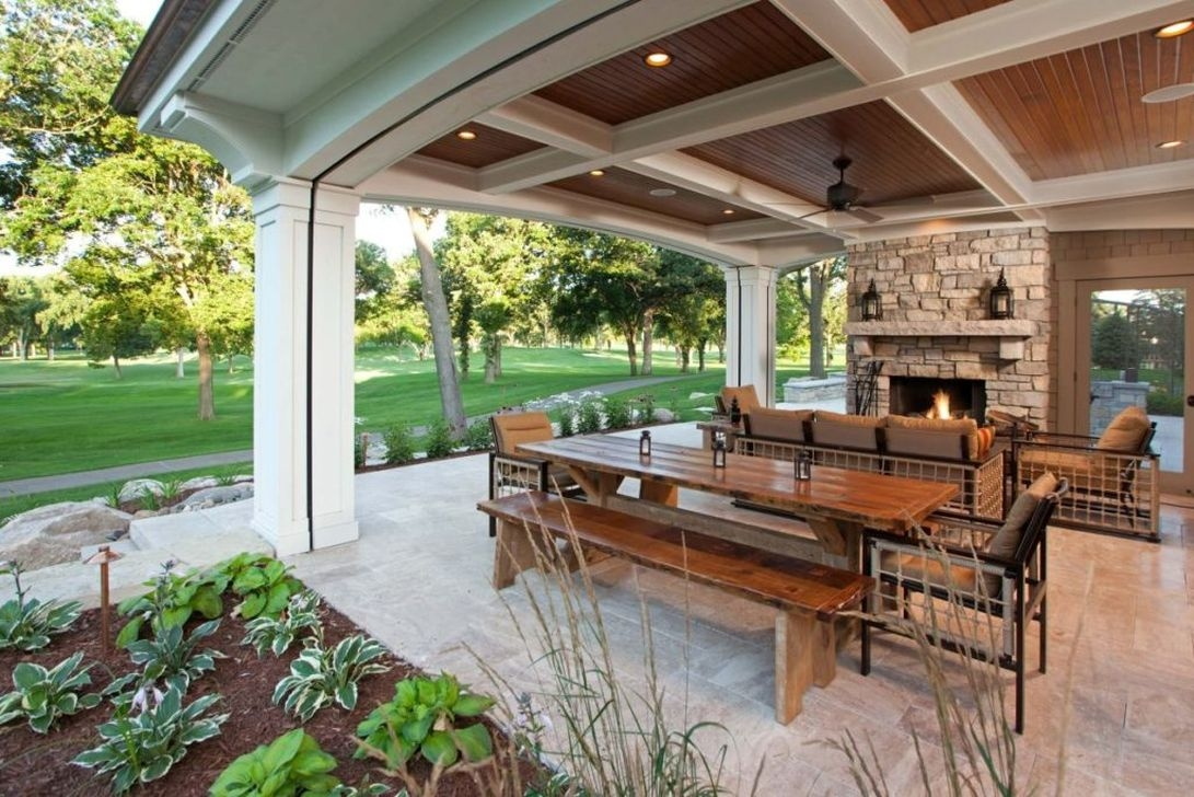 Cozy Rustic Patio Design Ideas09