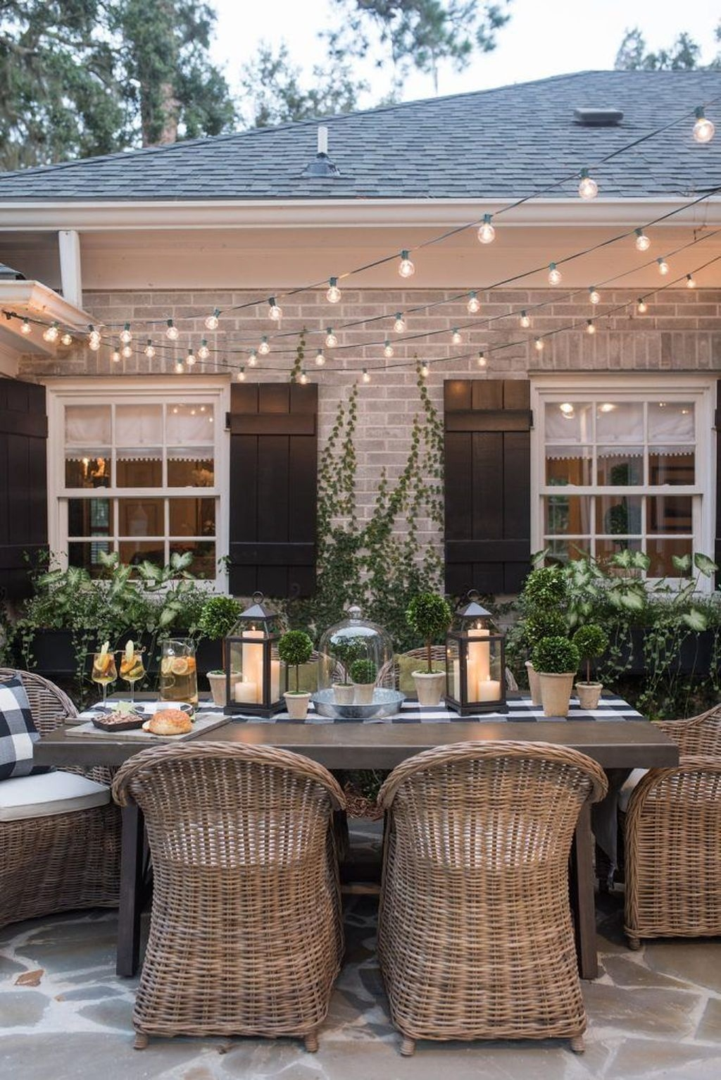 Cozy Rustic Patio Design Ideas35
