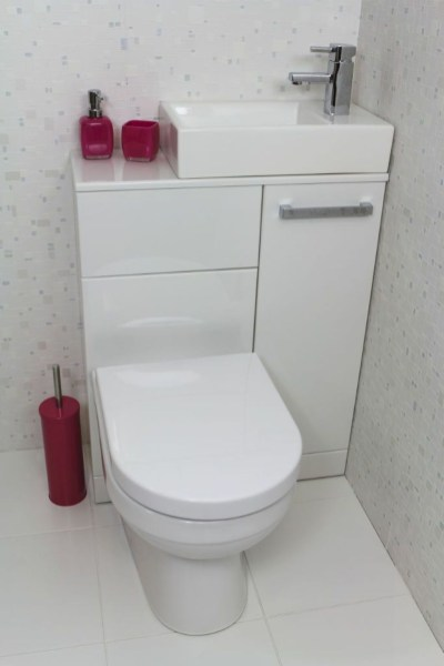 Creative Practical Bathroom Storage Design Ideas35