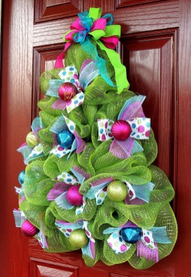 Cute Whimsical Christmas Ornaments Ideas For Your Holiday Decoration 18