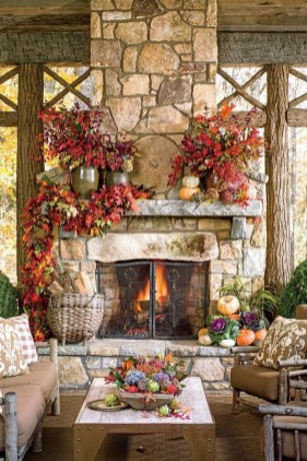 Inspiring Rustic Fall Mantel Decoration Ideas 15