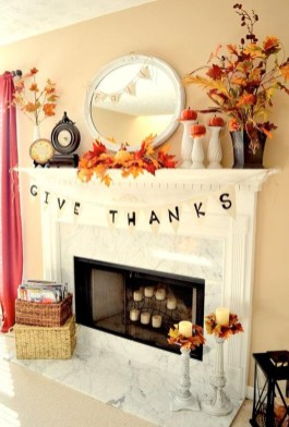 Inspiring Rustic Fall Mantel Decoration Ideas 25