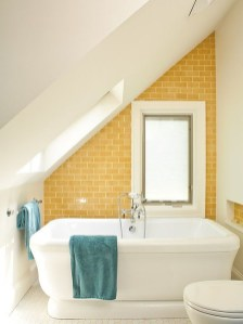 Lovely Sunny Yellow Bathroom Design Ideas 18
