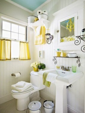 Lovely Sunny Yellow Bathroom Design Ideas 36