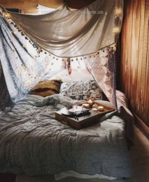 Refined Boho Chic Bedroom Design Ideas11