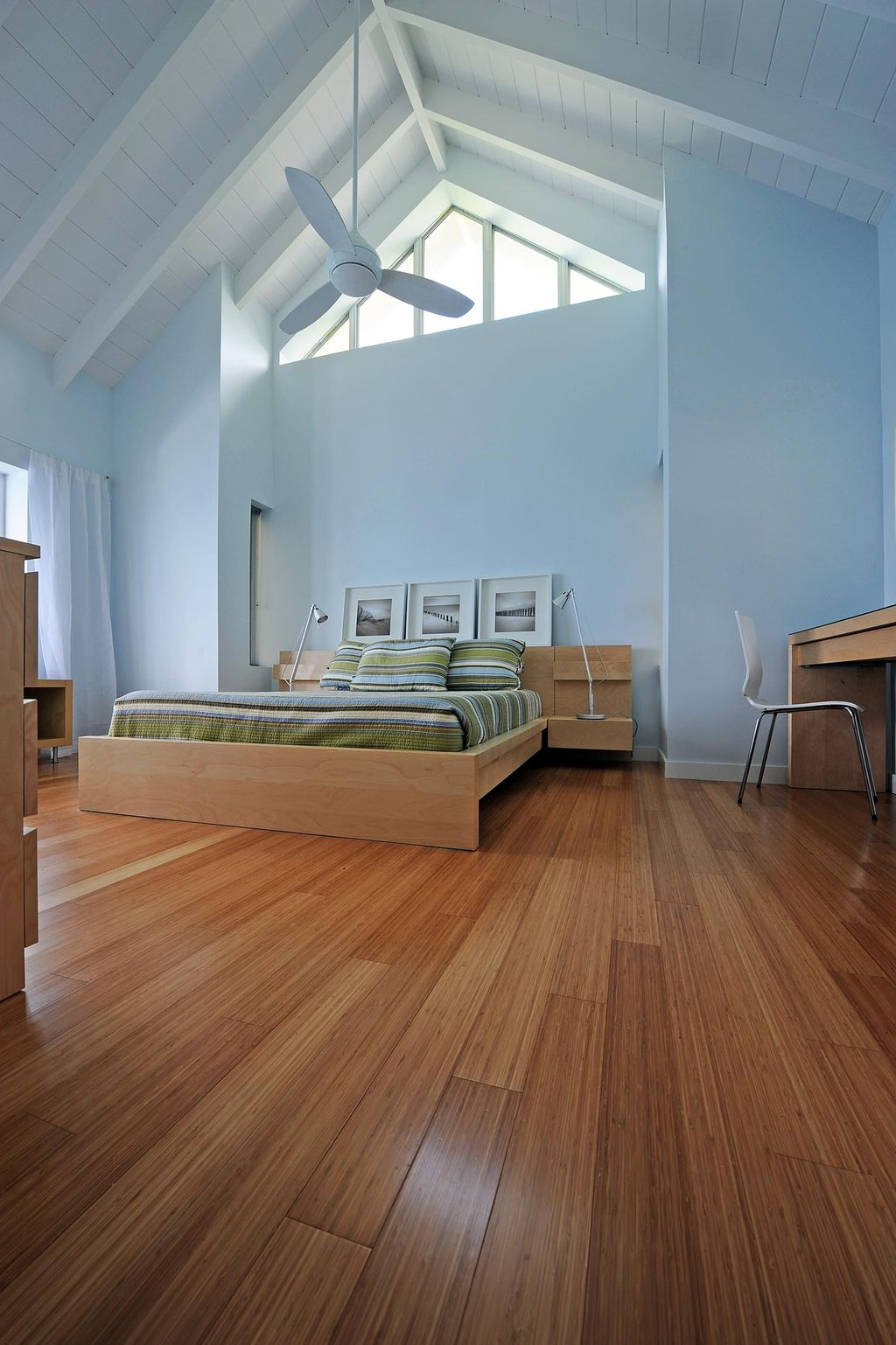 Totally Inspiring Bamboo Flooring Design Ideas04