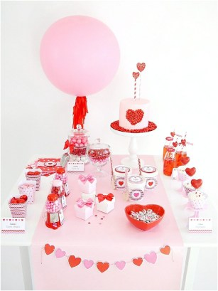 Adorable Valentines Day Party Decoration Ideas 47