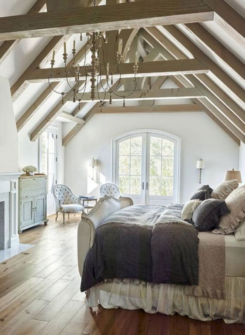 Amazing French Country Home Decoration Ideas 09